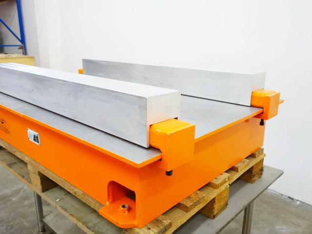 IBS IBS Mounting plate for scissor lift table used | blechzulieferer