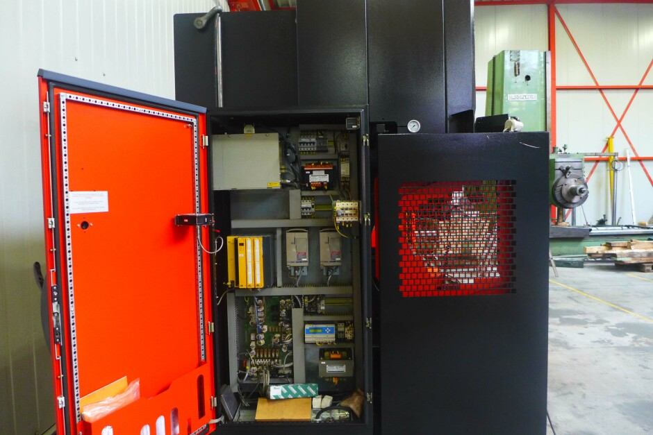 Amada HFT 1303 CNC CNC Pressbrake , CNC Abkantpresse used